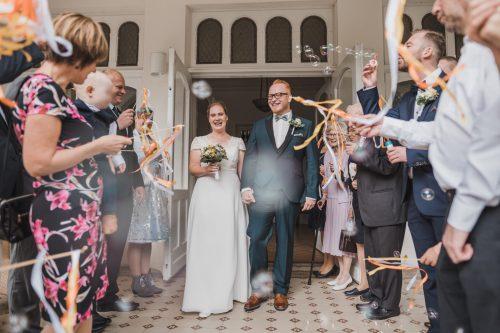 Auslauf des Hochzeitspaares